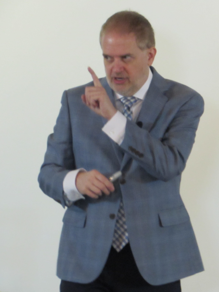 Kevin Hogan Persuasion Expert & Master of Influence