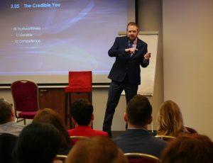 Body Language & Influence Expert Kevin Hogan